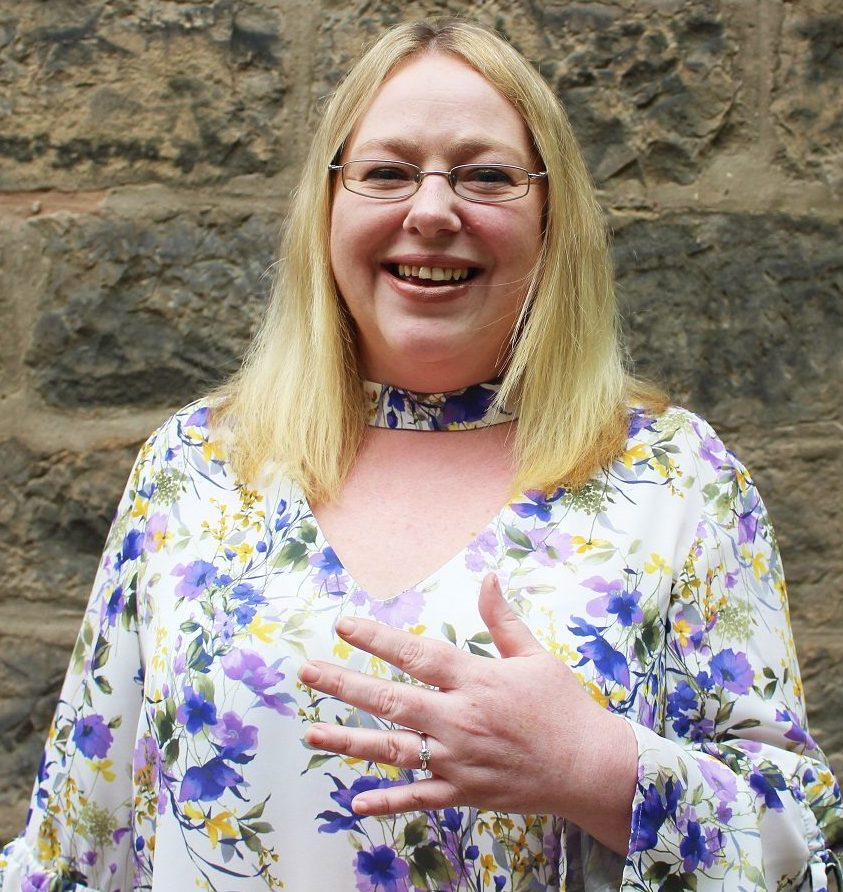 Elaine Noble - Contracts Manager profile
